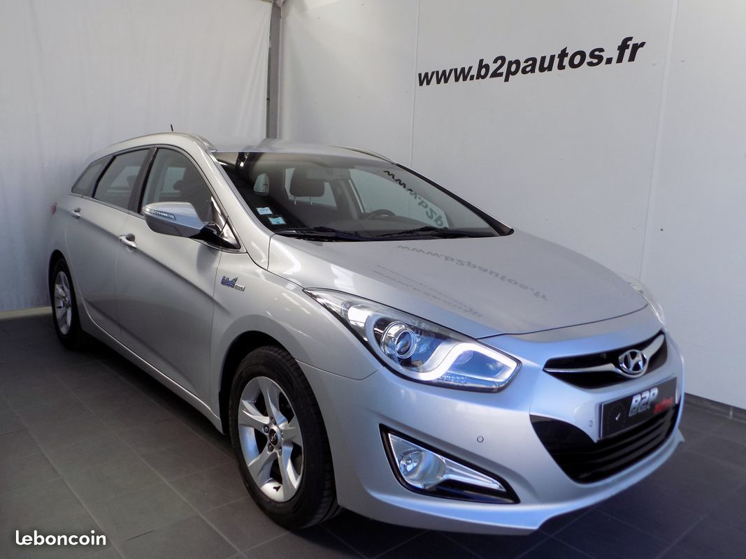 photo vehicule vendu - HYUNDAI I40 SW 1.7 CRDi 115 PACK Business Blue