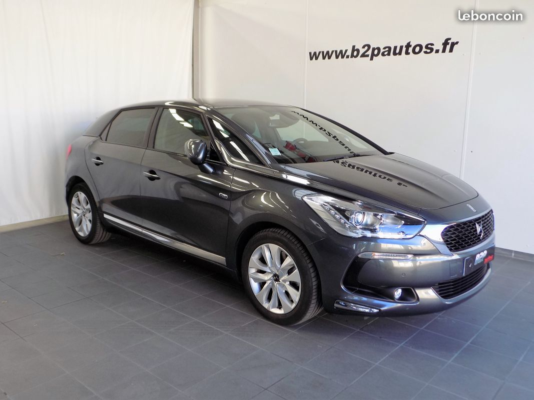 photo vehicule vendu - Citroen ds5 hybrid 4x4 1ere main 19000kms 163 cv