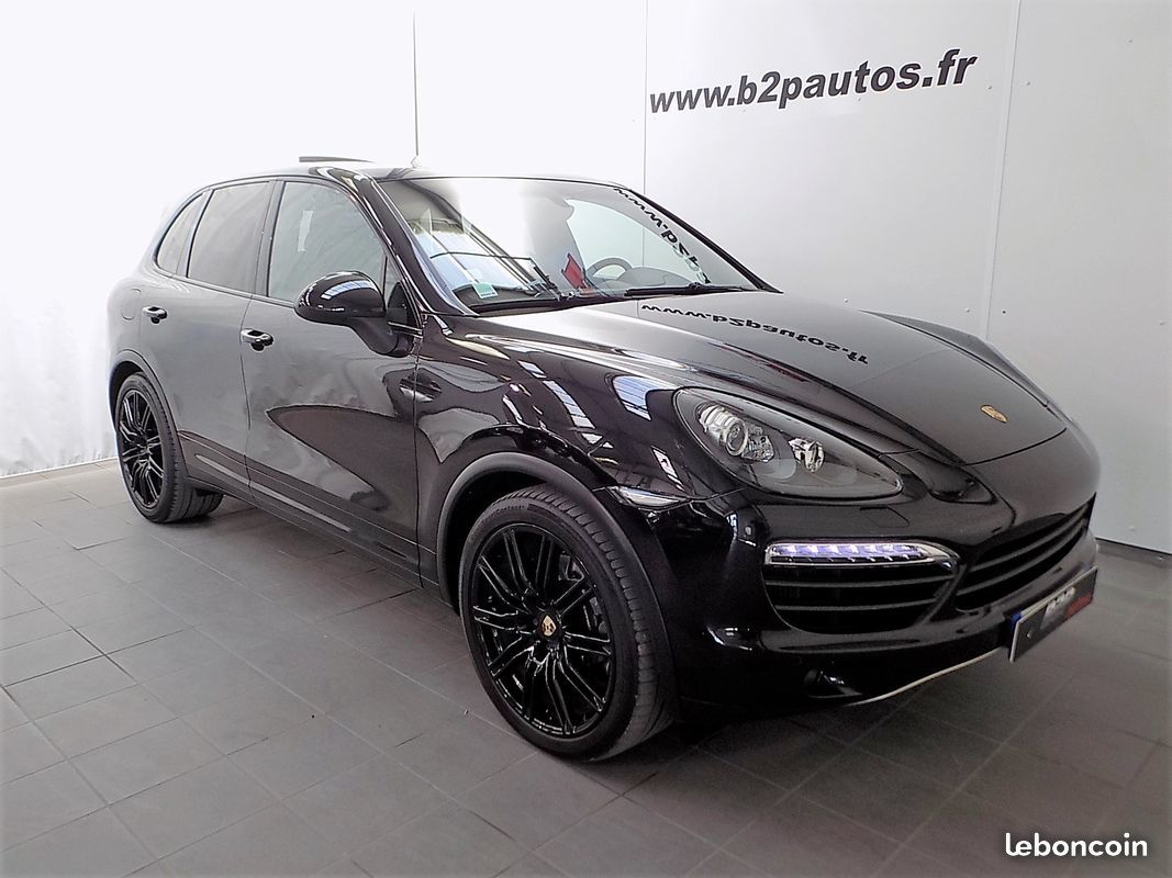 photo voiture porsche Porsche cayenne 3.0 v6 245 cv 82000kms