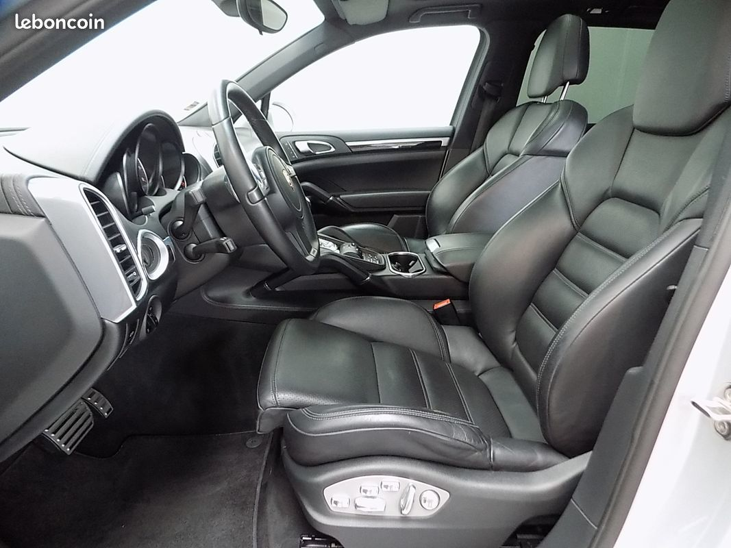 photo secondaire Porsche cayenne s hybrid 380 cv pack design gts porsche