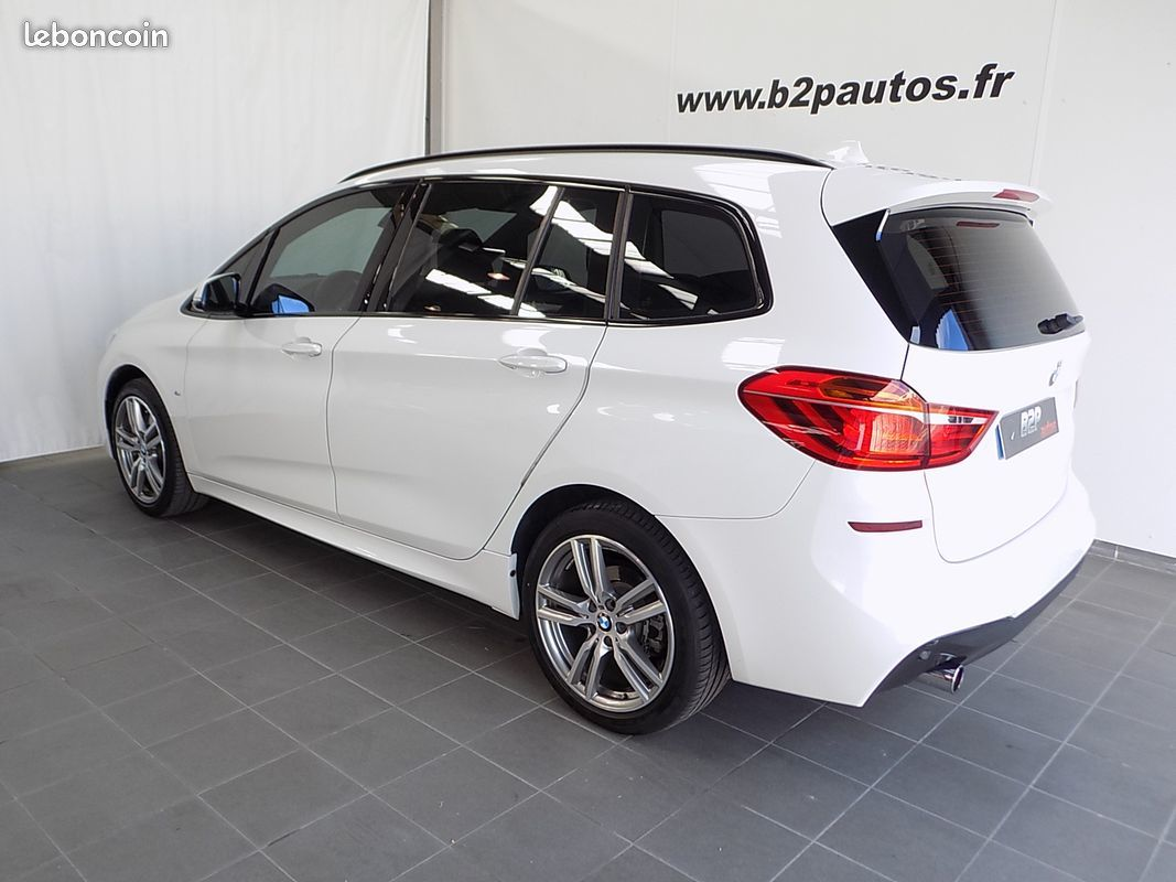 photo secondaire Bmw serie 2 activetourer 220i 192 cv bv6 pack m 7 places bmw