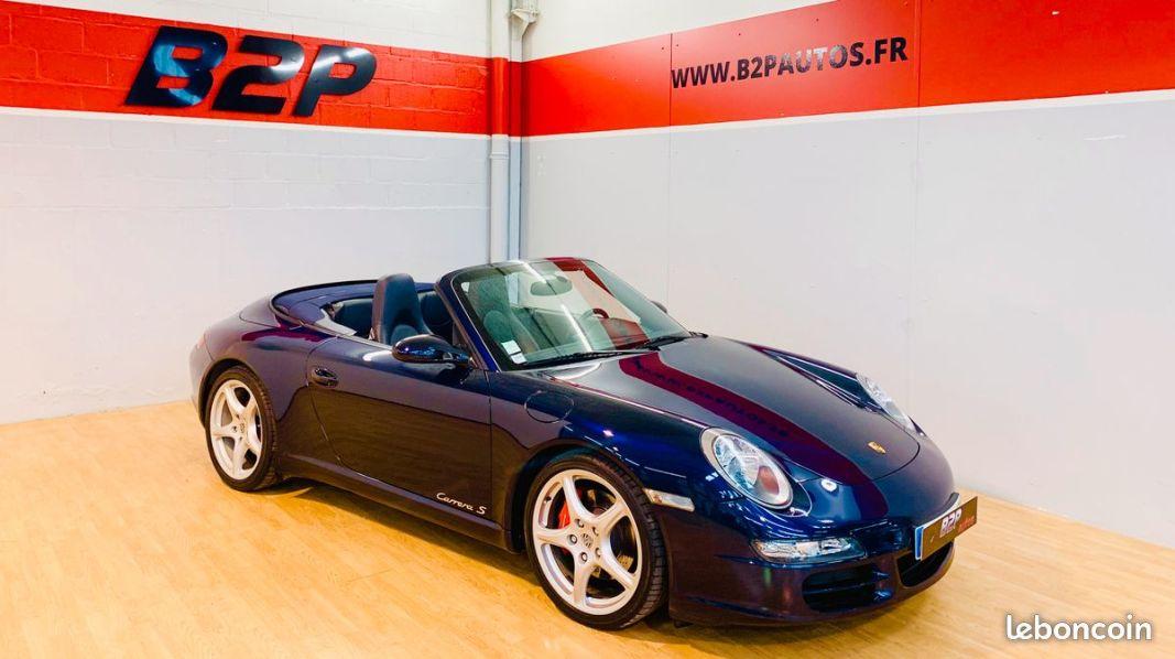 photo voiture porsche Porsche 911 997 3.8 l 355 cv cabriolet echappement sport