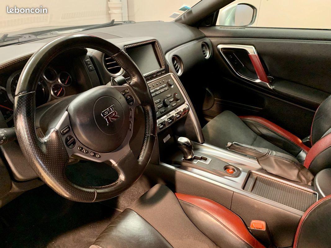 photo secondaire Nissan gtr 3.8 l v6 stage 2 / 620 cv black edition GARANTIE 12 MOIS nissan