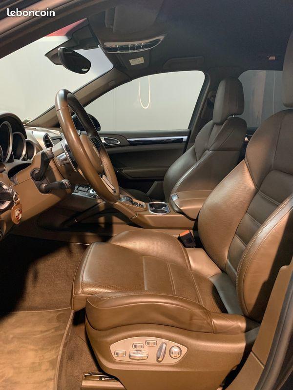 photo secondaire Porsche cayenne s e-hybrid v6 416 cv porsche