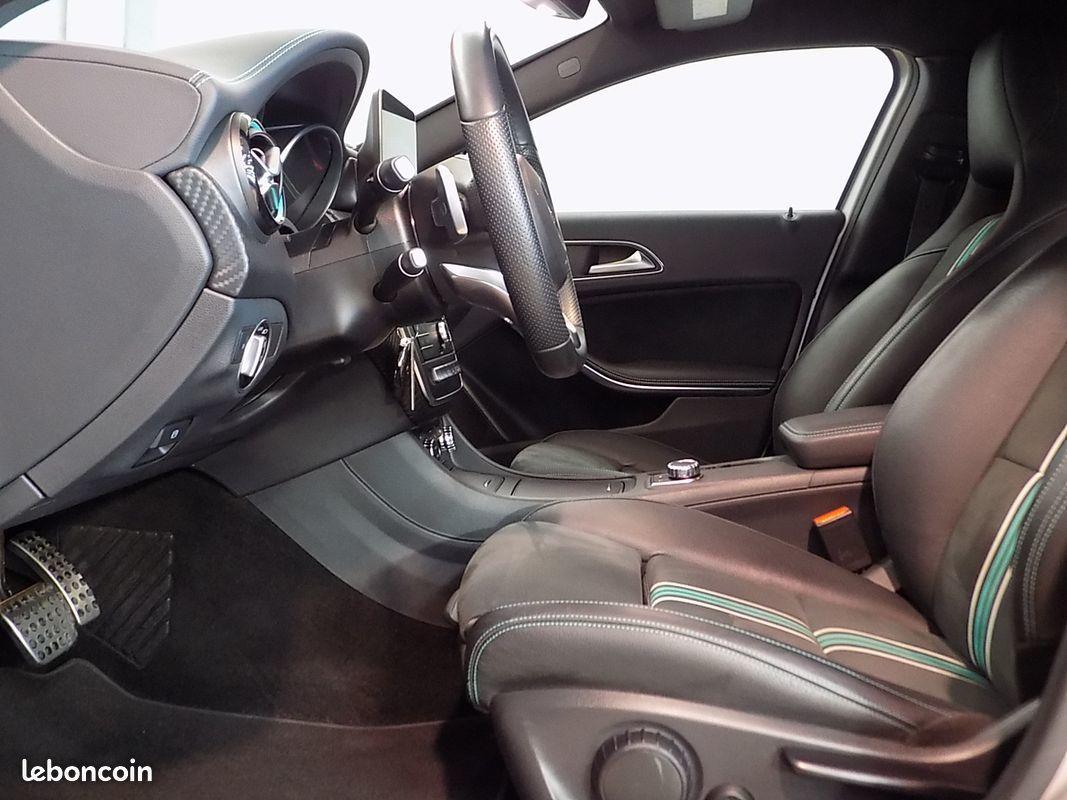 photo secondaire Mercedes classe a 200 cdi bva 136 cv motorsport edition mercedes