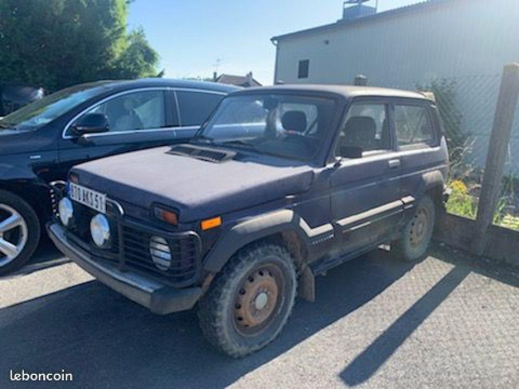photo voiture lada Lada 4x4 80 000kms