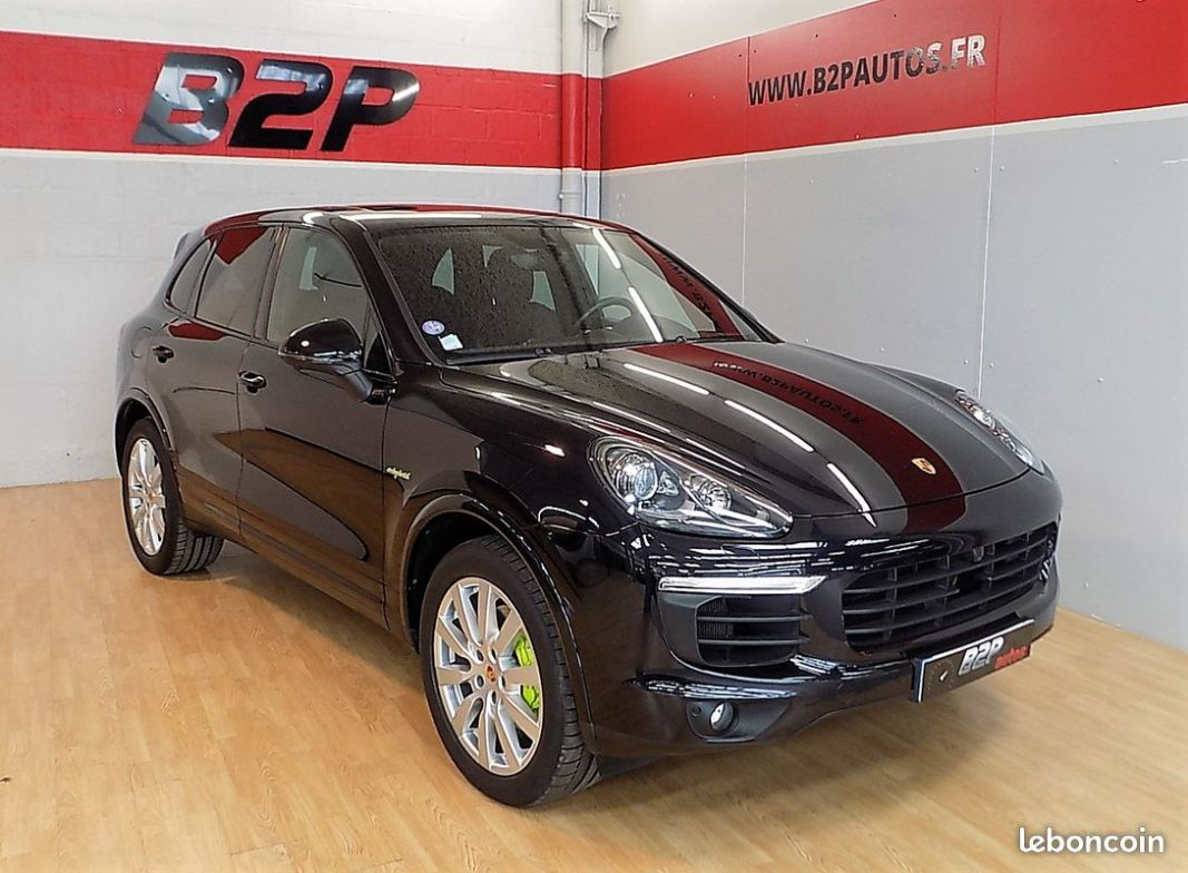 photo vehicule vendu - Porsche cayenne s platinum edition e-hybrid 416 cv