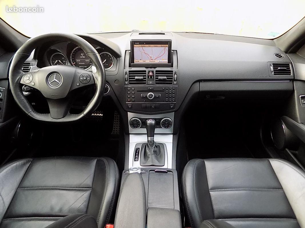 photo secondaire Mercedes c63 amg 6.3 v8 c 63 457 ch mercedes
