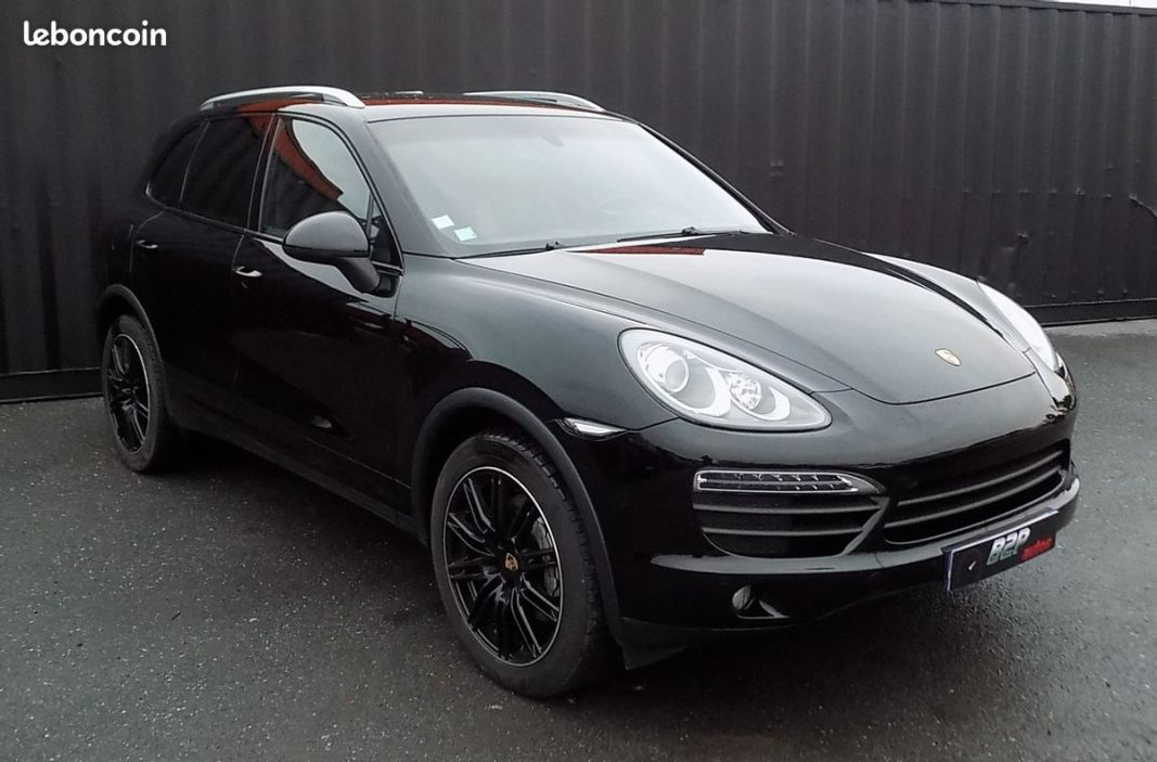 photo vehicule vendu - Porsche cayenne s 4.8 l v8 400 cv echappement sport ethanol