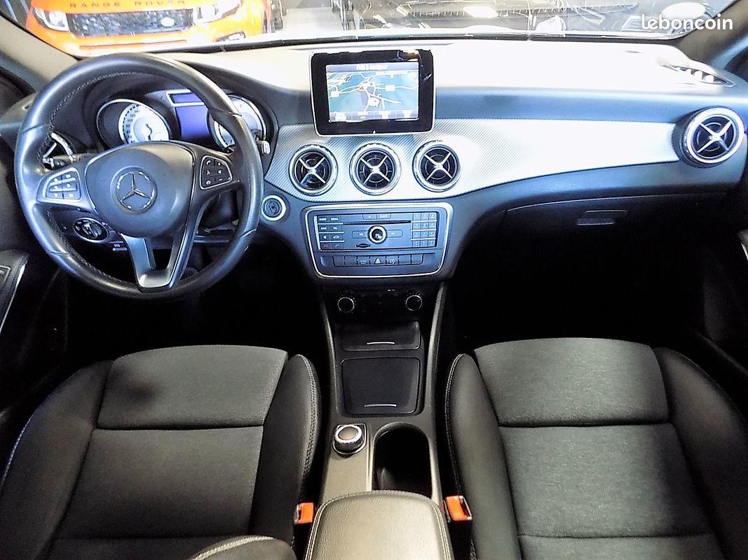 photo secondaire Mercedes gla 180 cdi bva inspiration mercedes