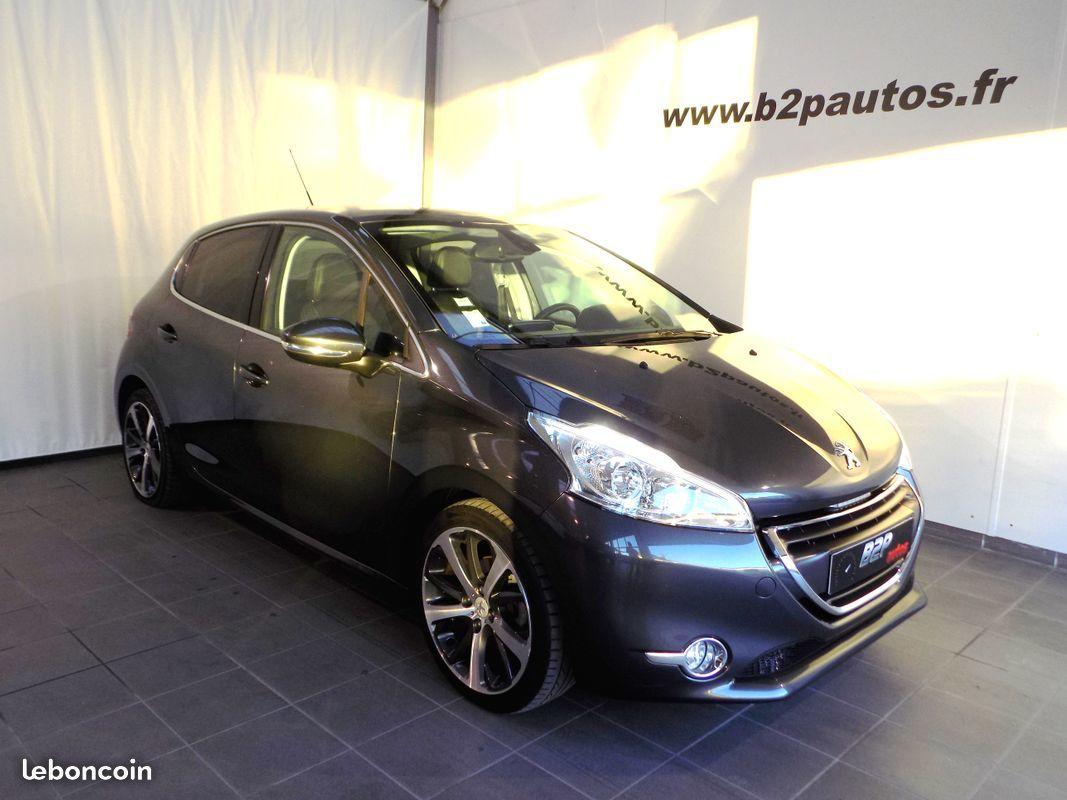 photo vehicule vendu - Peugeot 208 1.6 vti 120 cv feline 5p toit pano