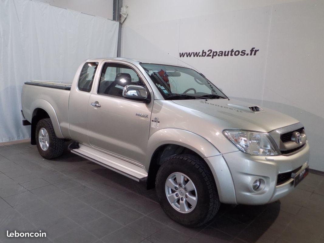 photo vehicule vendu - Toyota hilux x-tra cab legende tva recup 2.5 d-4d