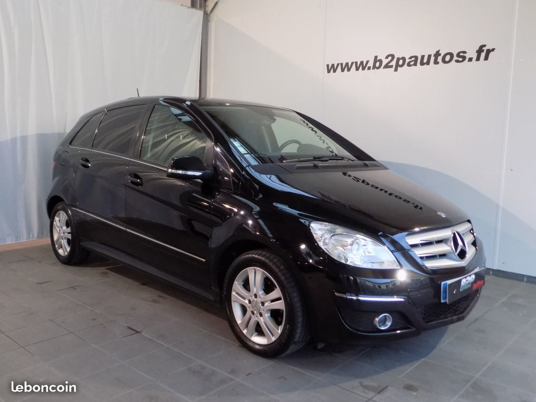 photo vehicule vendu - Mercedes classe b180 cdi cvt pack sport